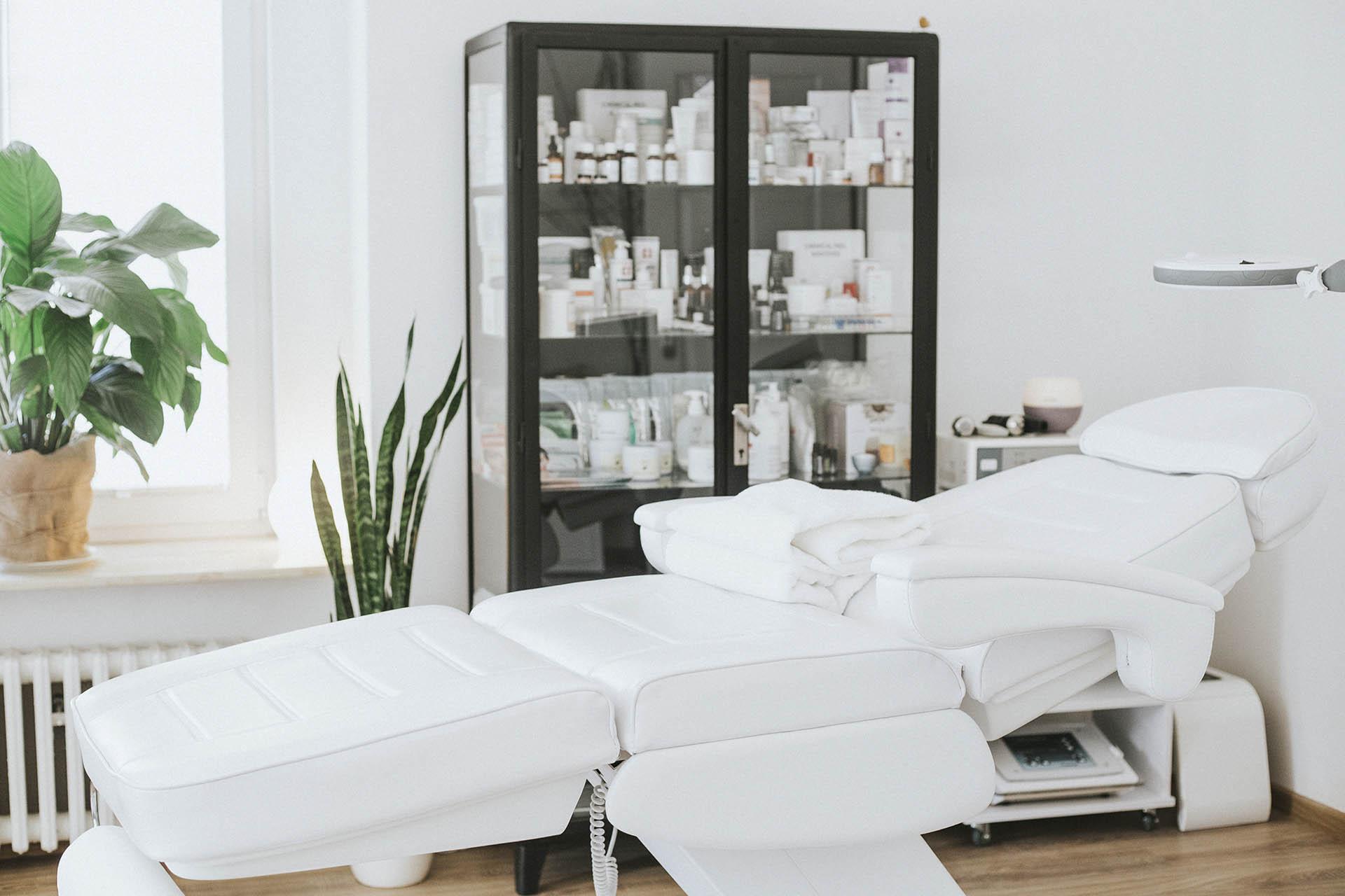 Profesjonalny fotel do zabiegów kosmetycznych